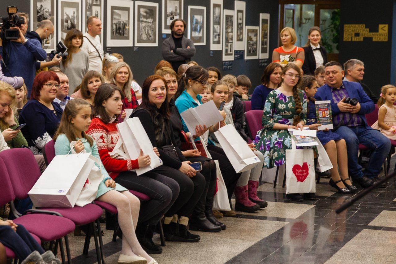 В Музее Победы наградили победителей всероссийского конкурса детского рисунка «Нарисуй «Елку Победы»