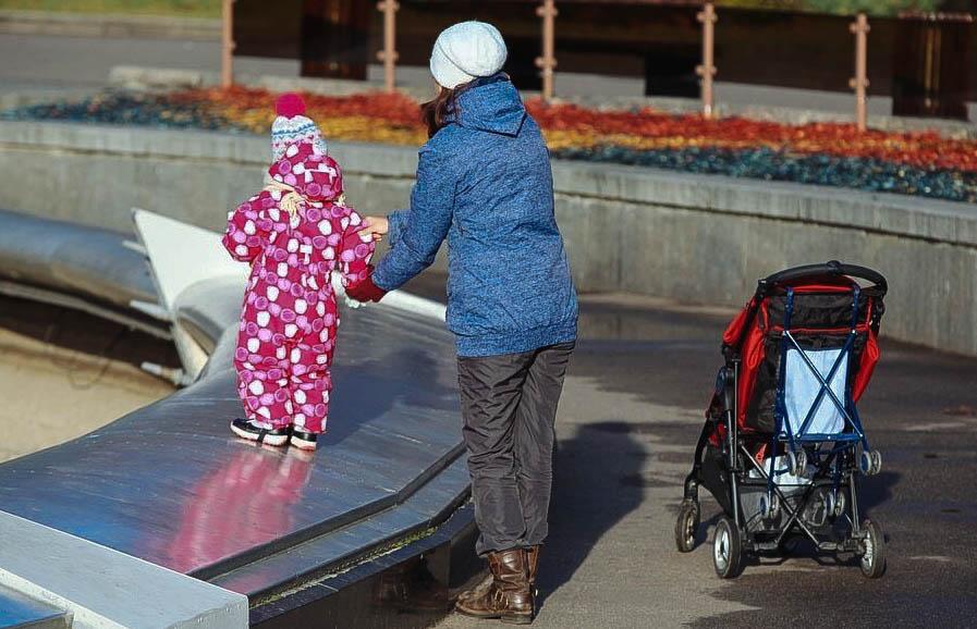 Количество сирот в столичных детских домах сократилось почти втрое
