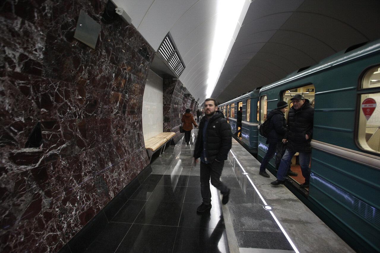 Более 600 тыс. человек воспользовались общественным транспортом в новогоднюю ночь