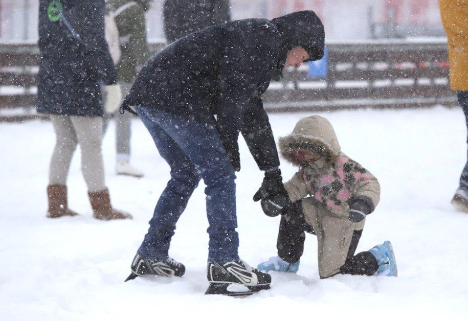Сегодня в столице прогнозируют мокрый снег и гололед