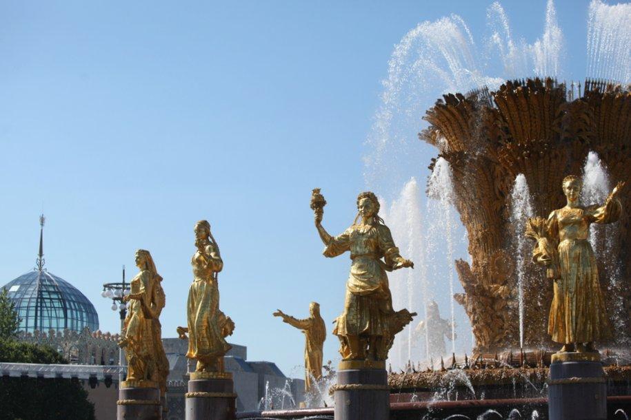 Реставрация скульптур фонтана «Дружба народов» на ВДНХ завершена на 95%