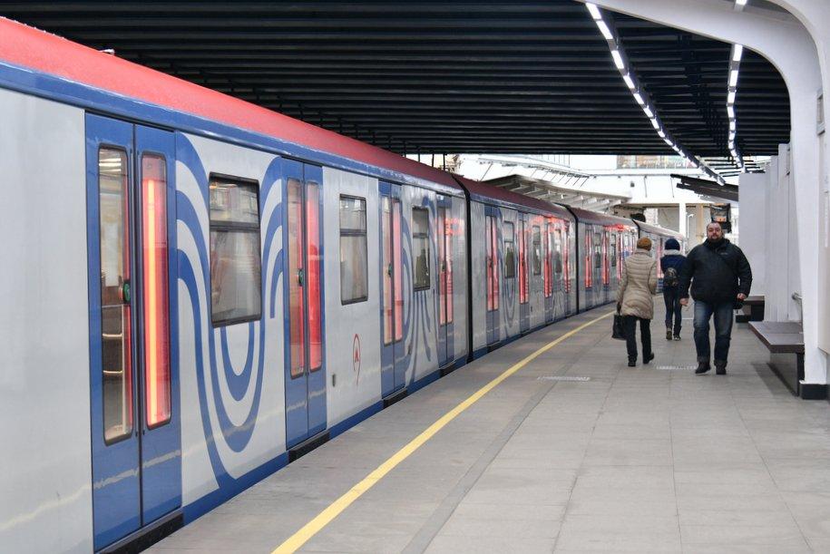 Движение поездов на Филёвской линии метро введено в график