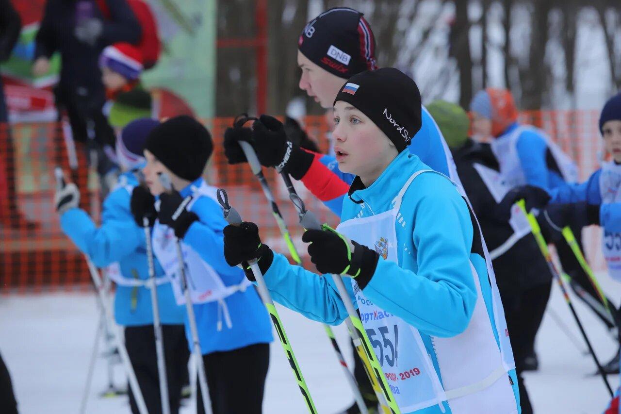 Автобусы Мострансавто доставили более 3 тыс. участников Подмосковного этапа «Лыжни России — 2019» к спортцентру «Планерная»