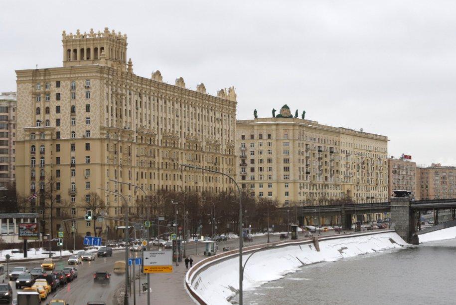 Жилой дом на Смоленской набережной признали памятником архитектуры