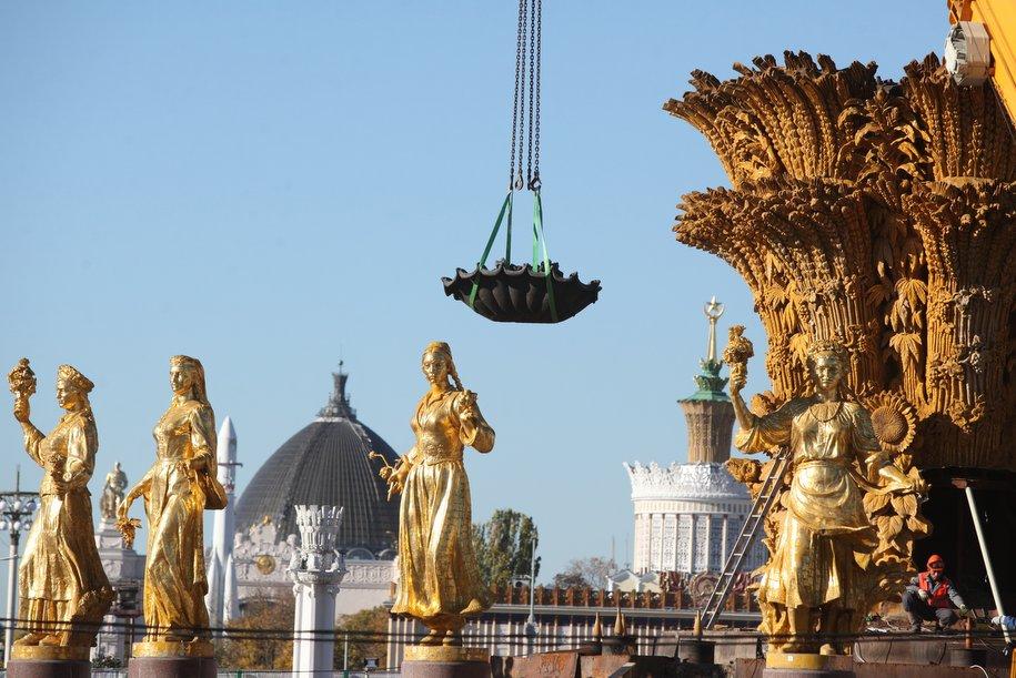 Фонтаны «Дружба народов» и «Каменный цветок» откроют на ВДНХ в конце апреля