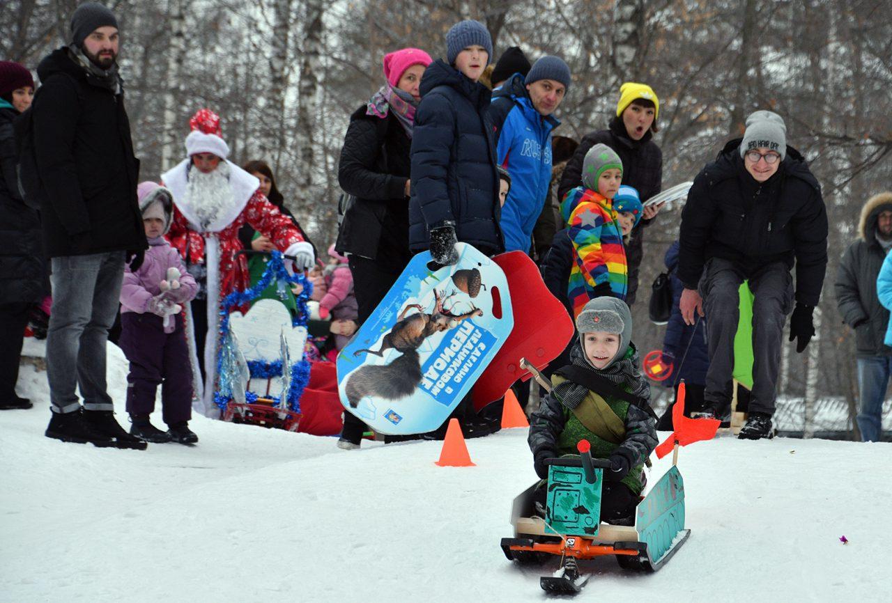 В Сокольниках состоялся фестиваль креативных детских саней «Battle Саночки»