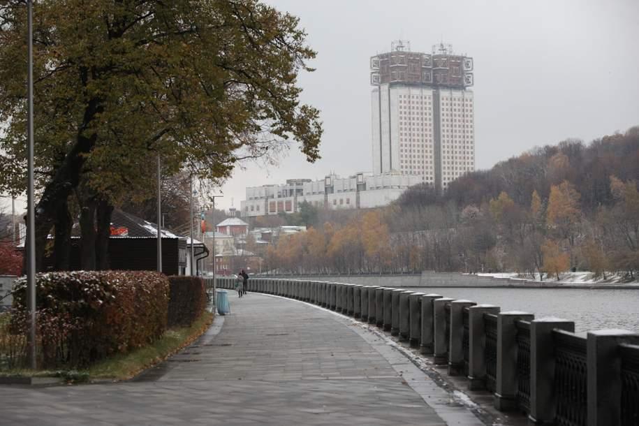 Облачная погода и до шести градусов тепла ожидается сегодня в Москве