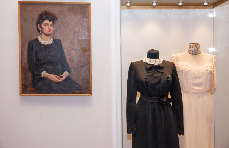 Открытие новой выставки приурочили в Музее Победы к 8 марта