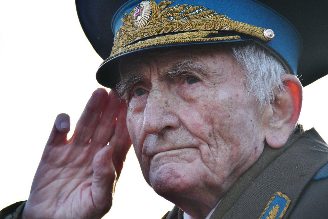 Собянин распорядился увеличить количество сиделок для Московского Дома ветеранов
