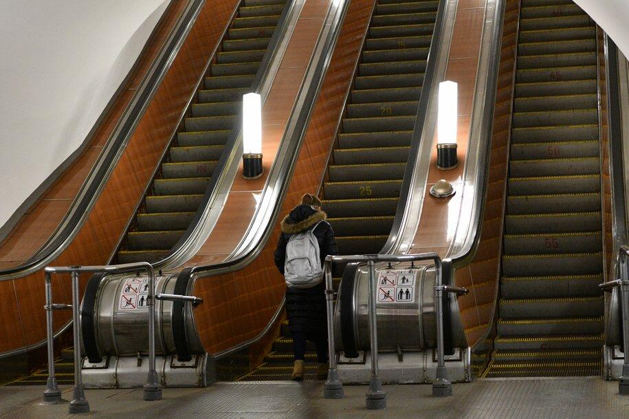 Эскалаторный павильон станции метро «Кожуховская» закрыли до 1 апреля из-за ремонта