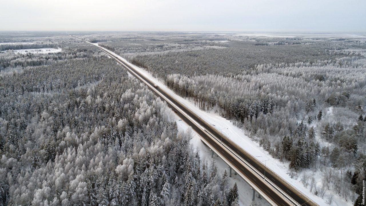 Проезд по скоростной трассе М11 от Москвы до Санкт-Петербурга будет стоить около 2 тысяч рублей