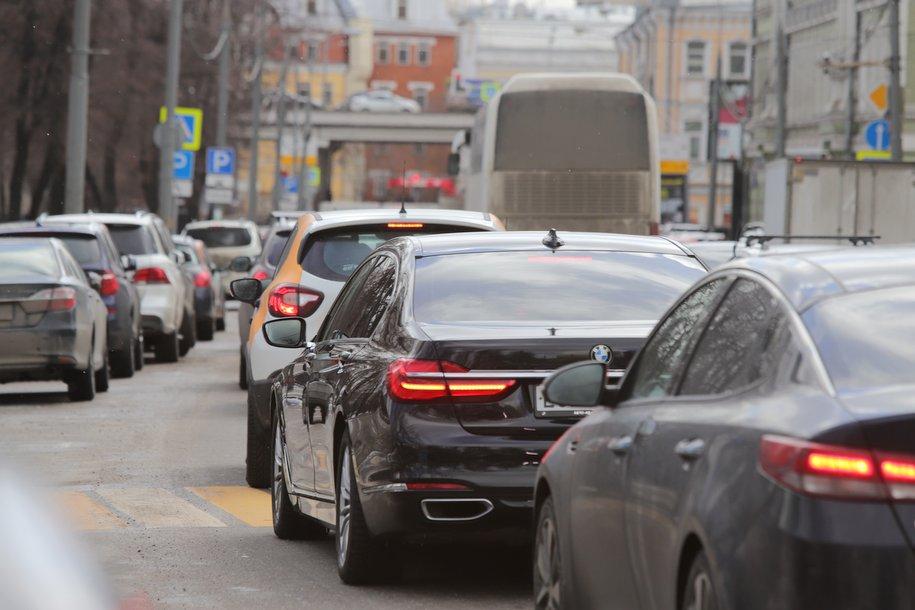 Сергей Собянин призвал москвичей не экспериментировать со способами уклонения от оплаты парковки