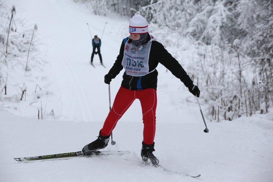 Провалившегося под лед лыжника спасли на канале имени Москвы