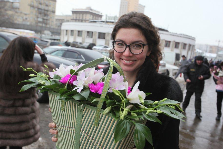В рамках акции #вамлюбимые тюльпаны получили более 40 тыс. женщин