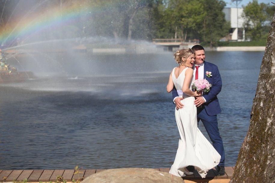 В первый день лета собираются пожениться около 700 пар