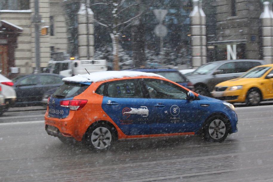 Более 30 тысяч автомобилей каршеринга зарегистрировано в Москве по итогам 2019 г.