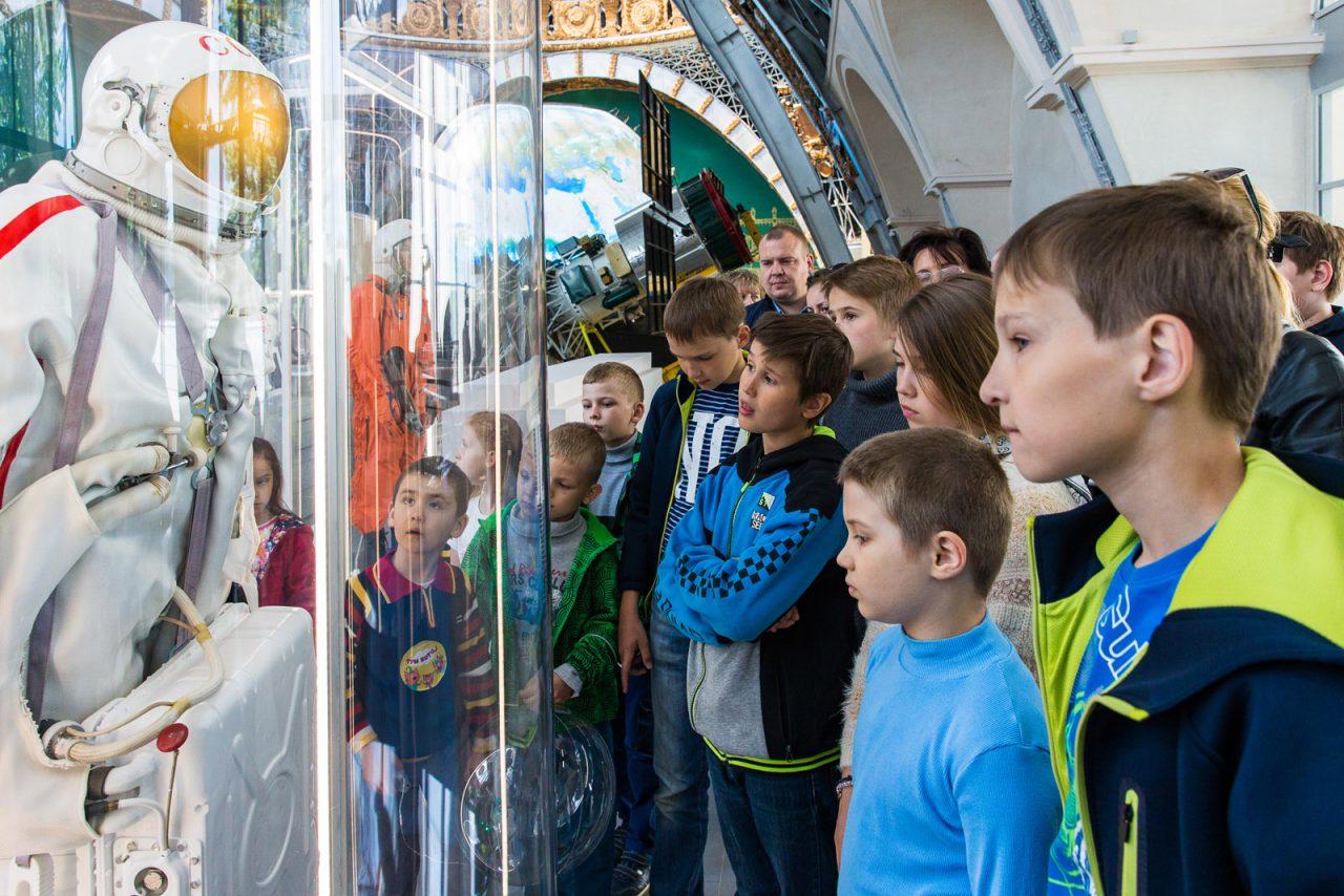 Павильон «Космос» за год посетили более миллиона человек