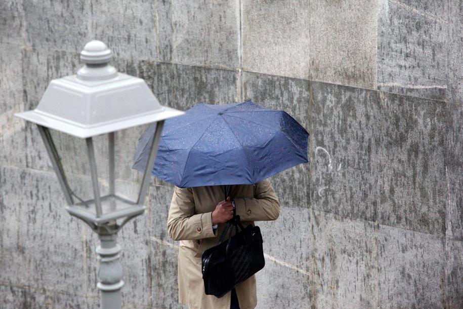 С среду в столице ожидается похолодание и ливень