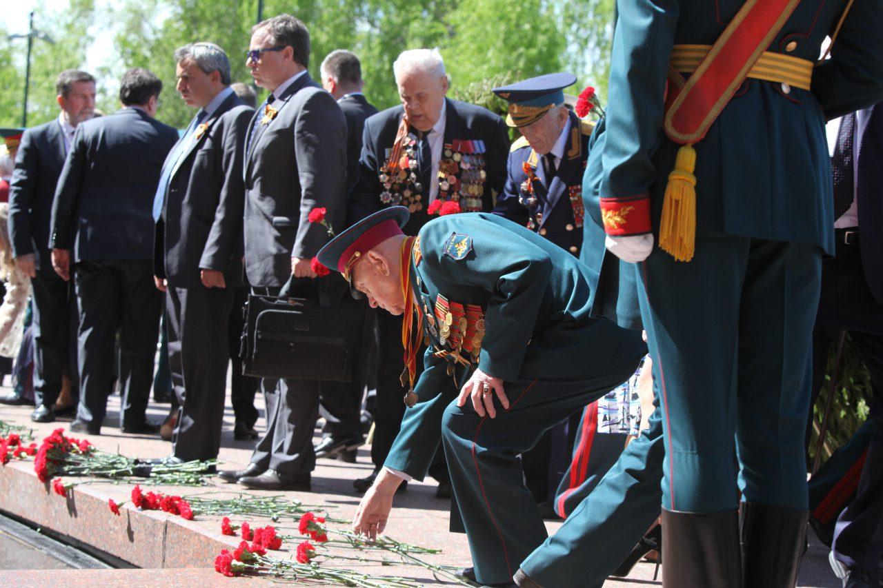 «Волонтеры Победы» начнут раздавать россиянам Георгиевские ленточки с 25 апреля