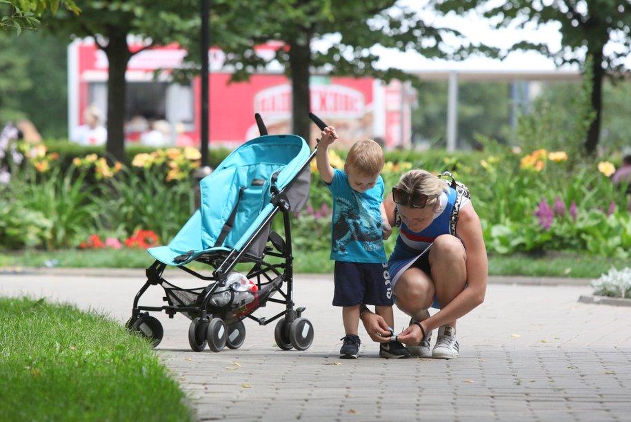 До конца года в столице появится сервис «умной аренды» детских колясок