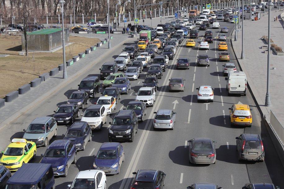 С начала года в Москве построено более 35 км дорог