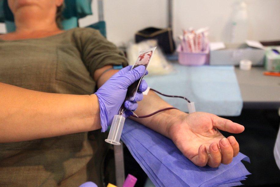 Москва ежедневно нуждается в 200 литрах донорской крови — Собянин