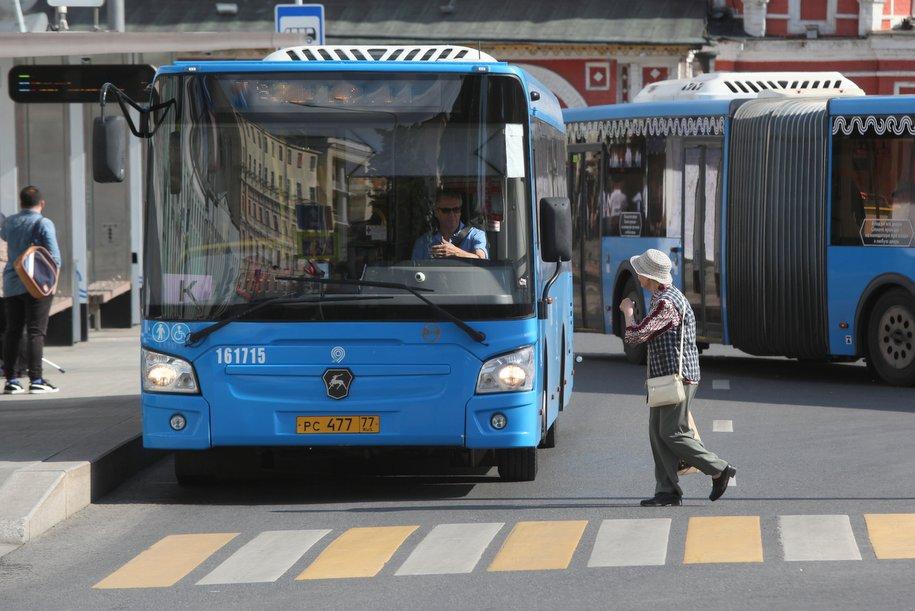В девяти округах Москвы автобусы будут курсировать с изменениями