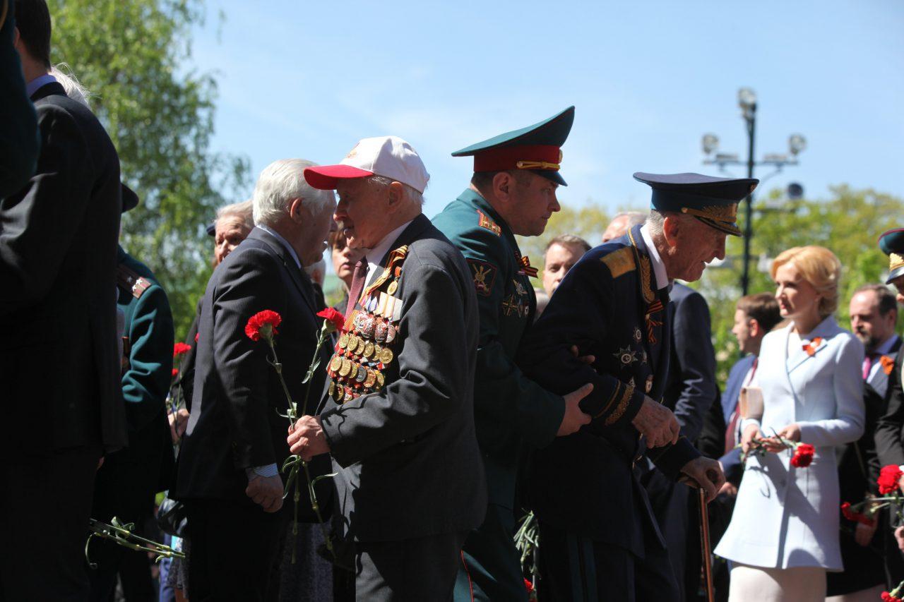 Ветеранам ВОВ подарят сертификаты на постоянное надомное обслуживание в Москве — Собянин