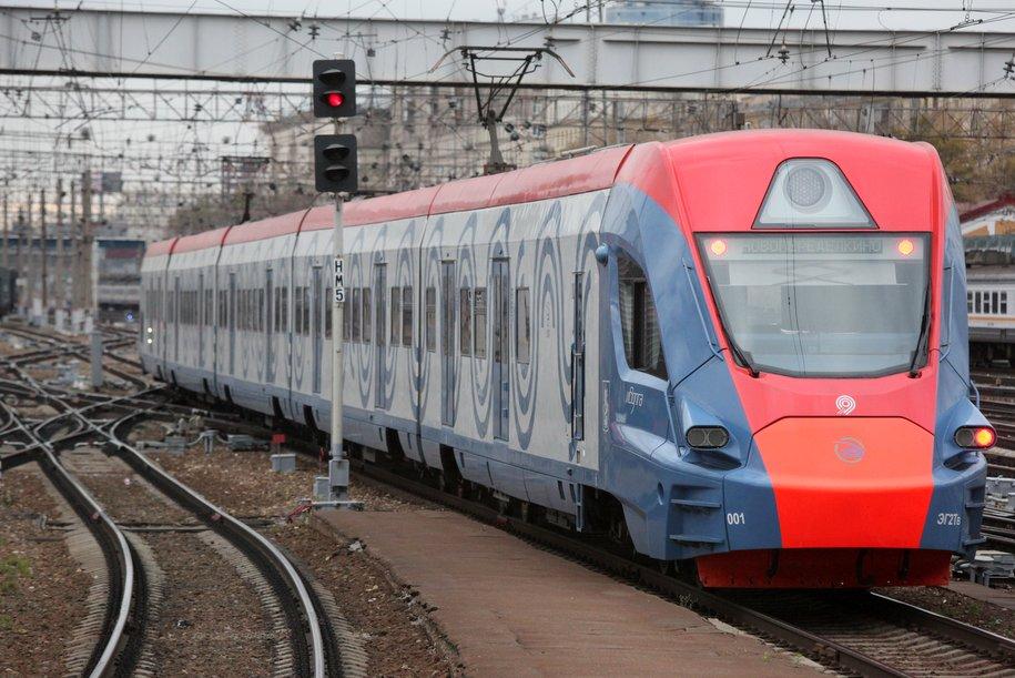 На маршруте «Подольск» — «Царицыно» запустили поезда «Иволга»