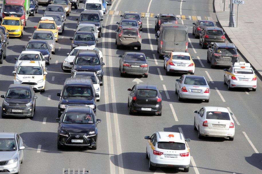ЦОДД предупредил москвичей об увеличении количества мелких ДТП на столичных дорогах