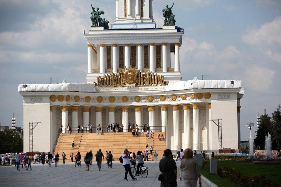 Мэр Москвы открыл центр Славянской письменности «Слово» на ВДНХ