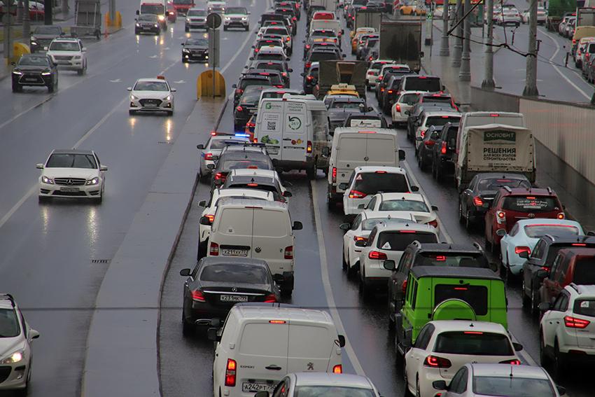На проспекте Вернадского и соседних улицах изменилась схема дорожного движения