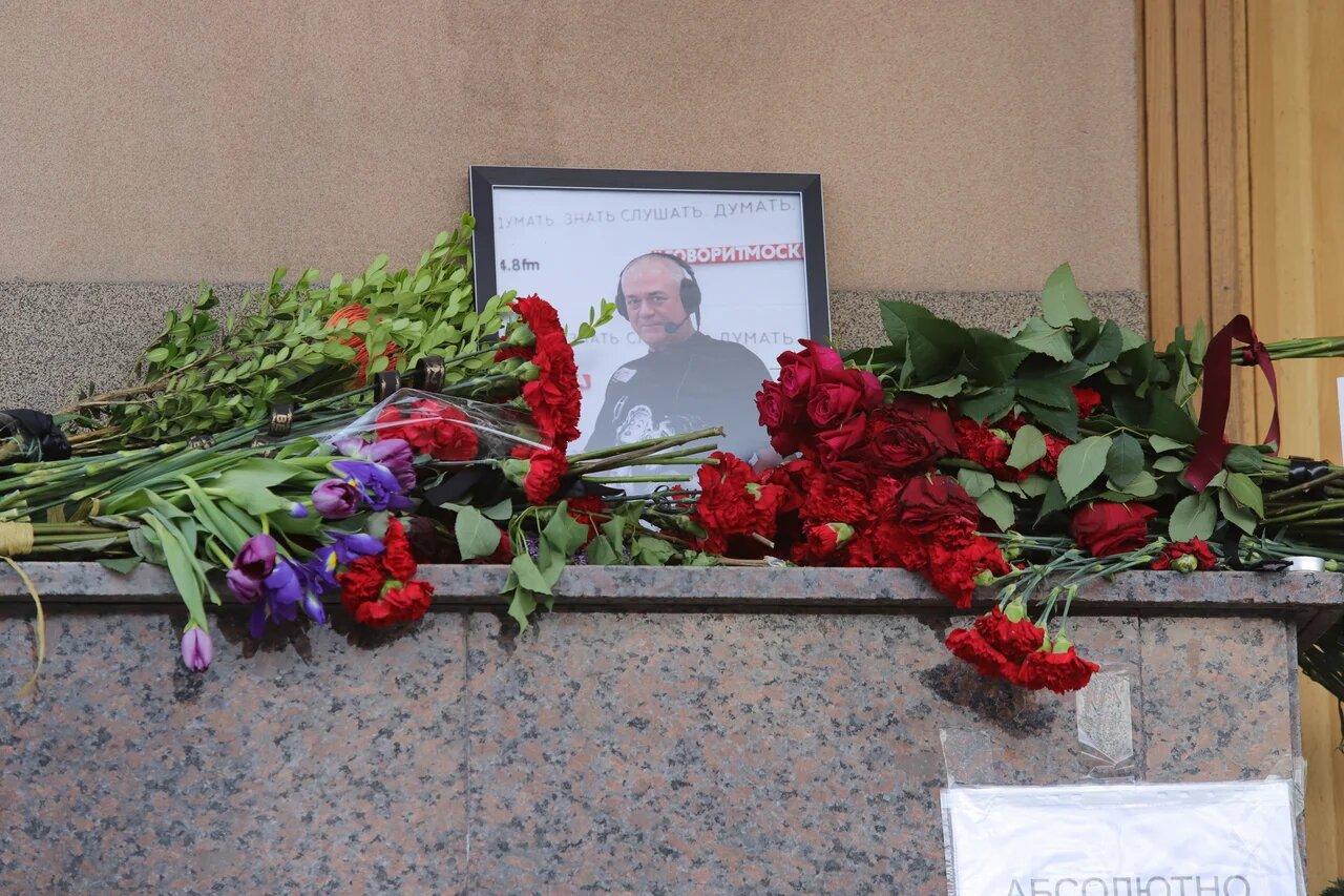 Дата похорон Сергея Доренко пока не определена