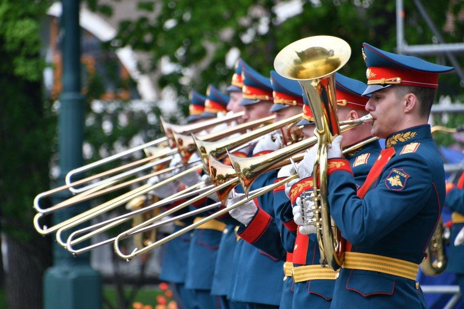 Мэр Москвы пригласил жителей столицы на концерты военных оркестров в парках в рамках фестиваля «Спасская башня»