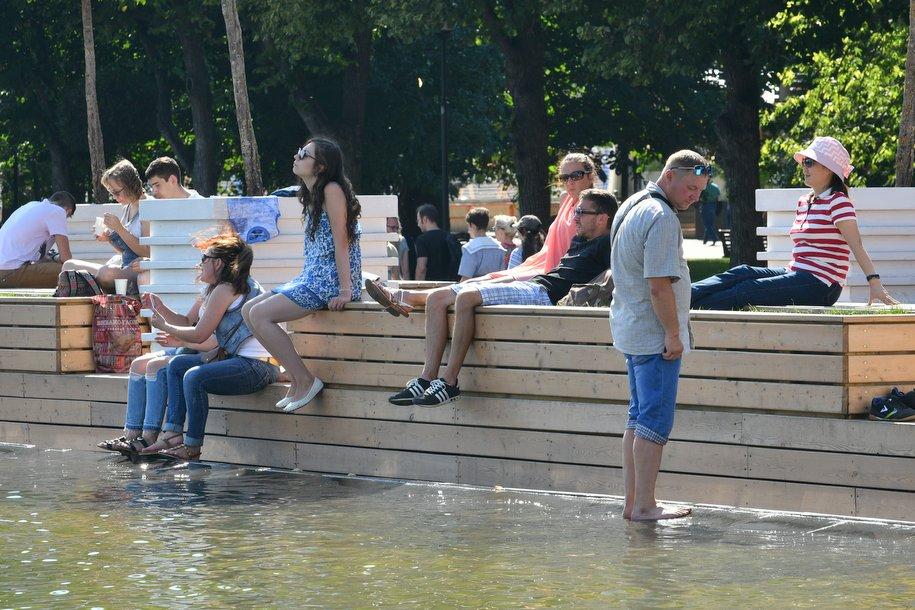 Праздничную программу к Дню парков подготовили 16 столичных площадок