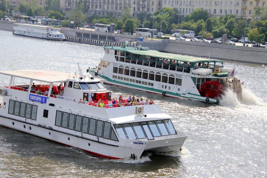 Прогулки на теплоходе по Москве-реке можно оплатить «Тройкой»