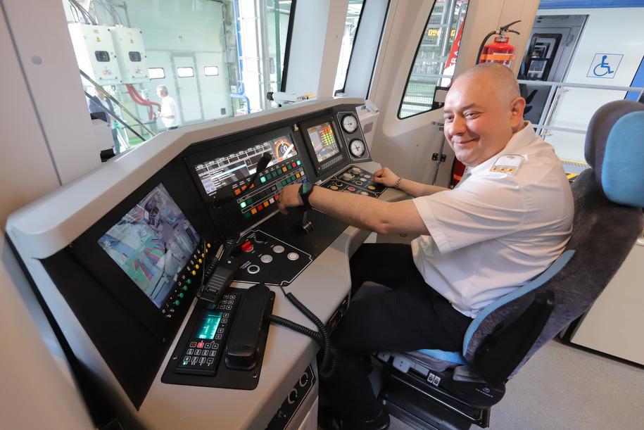 В Москве очень жесткая система качества строительства метро — Хусниллин