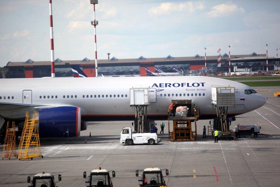 В столичных аэропортах задержано и отменено более 40 рейсов