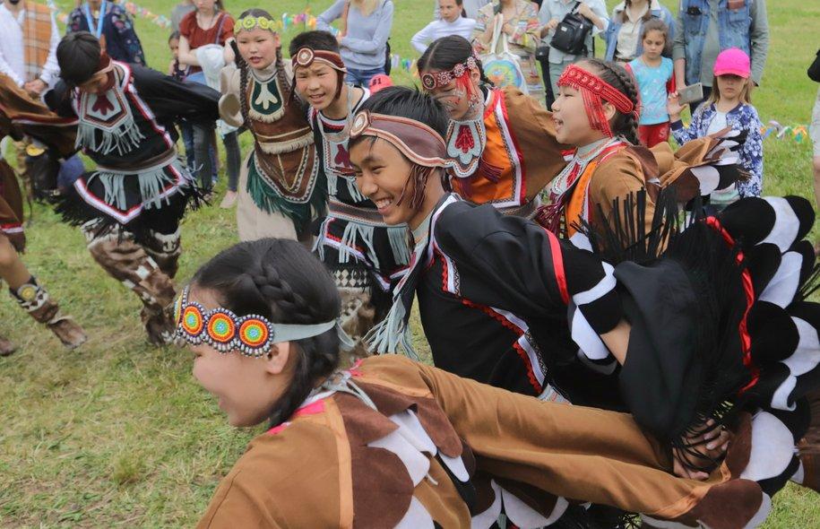 Якутский национальный праздник Ысыах собрал десять тысяч гостей
