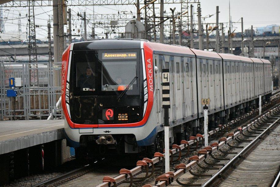 На Филёвской линии метро до октября проведут ещё девять технологических окон
