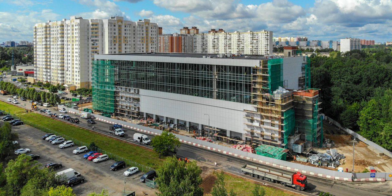 В районе Северный строят конноспортивный комплекс для занятий современным пятиборьем