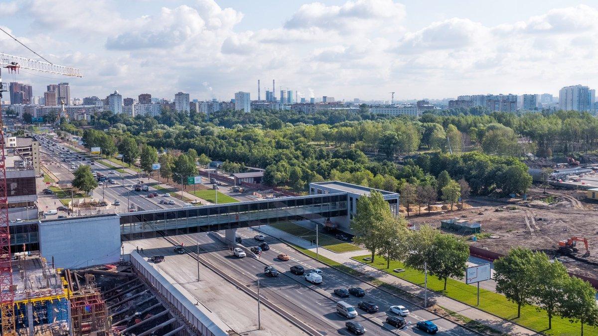 Сергей Собянин открыл пешеходный переход к парку «Остров Мечты»