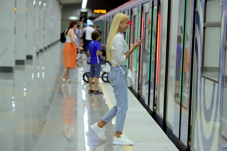 Девять закрытых станций Сокольнической линии метро откроют раньше на два дня