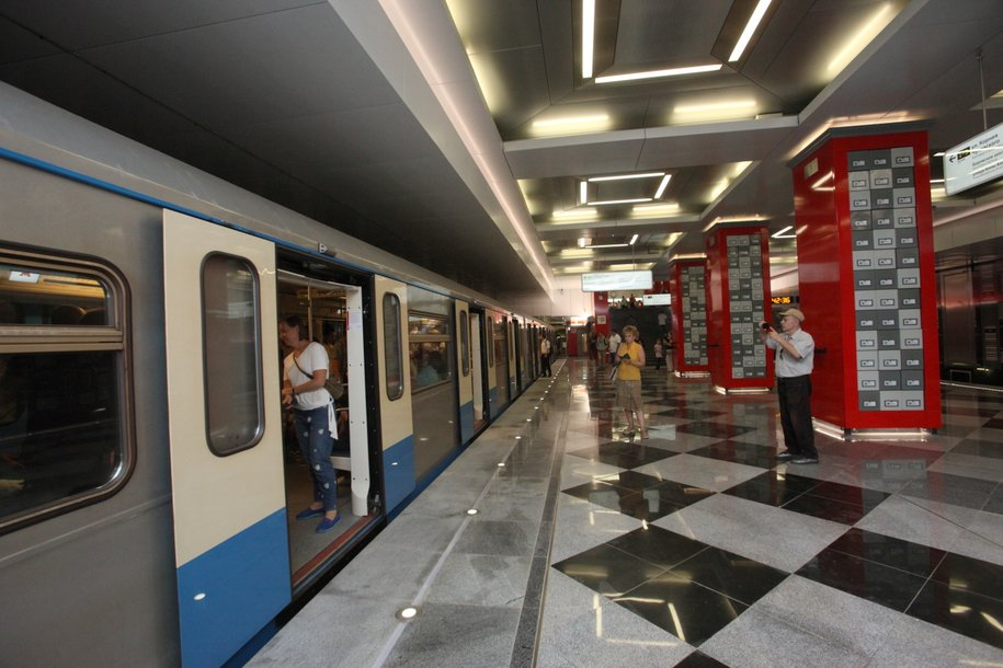 В метро включили аудиосообщения о пересадках на МЦД