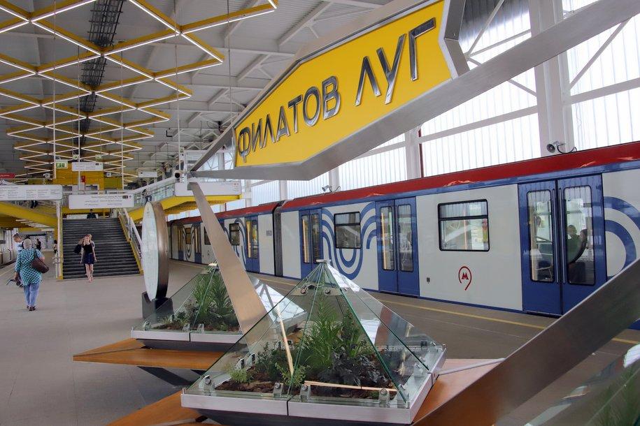 Более 170 автобусов будут курсировать в районе закрытых станций Сокольнической линии метро 13-20 июля