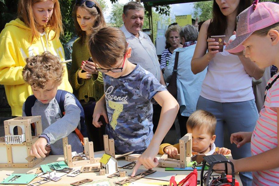В двух парках Москвы детям расскажут об основах предпринимательства