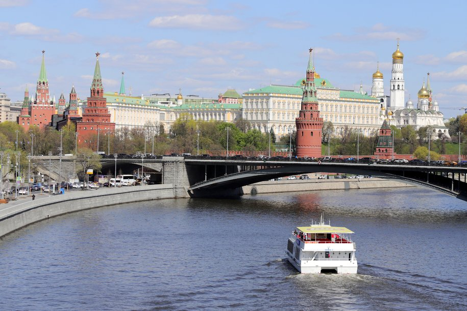 Сегодня москвичей ожидает переменная облачность и до 26 градусов тепла