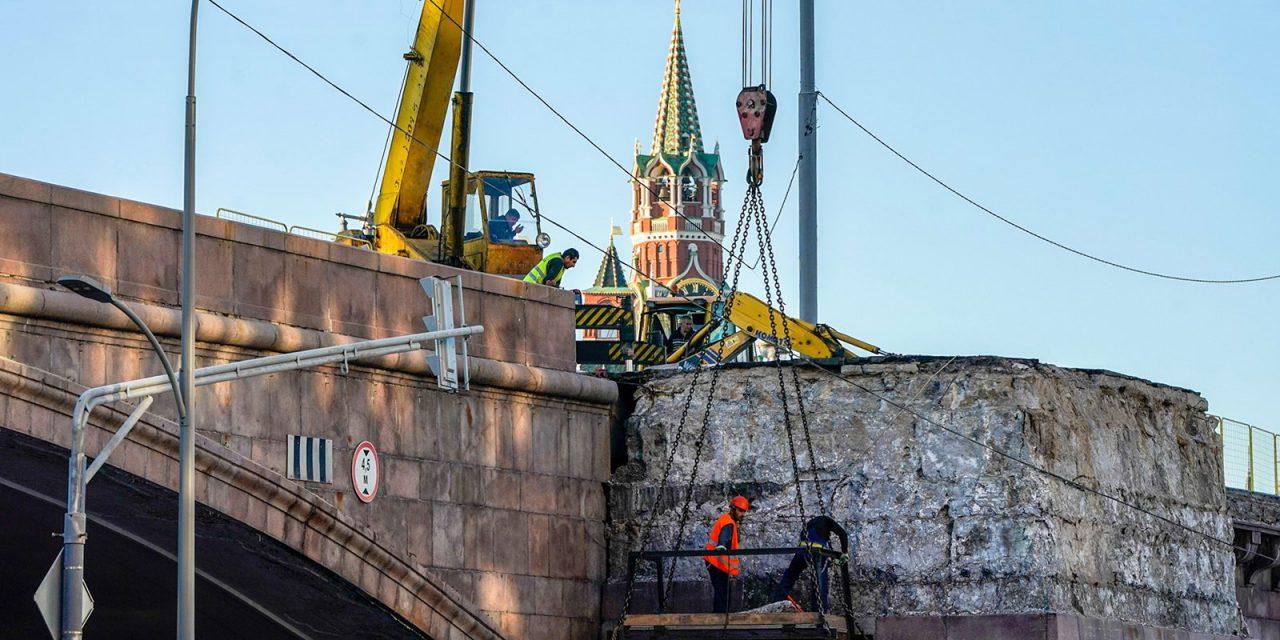 В этом году планируют провести капитальный ремонт 15 столичных мостов