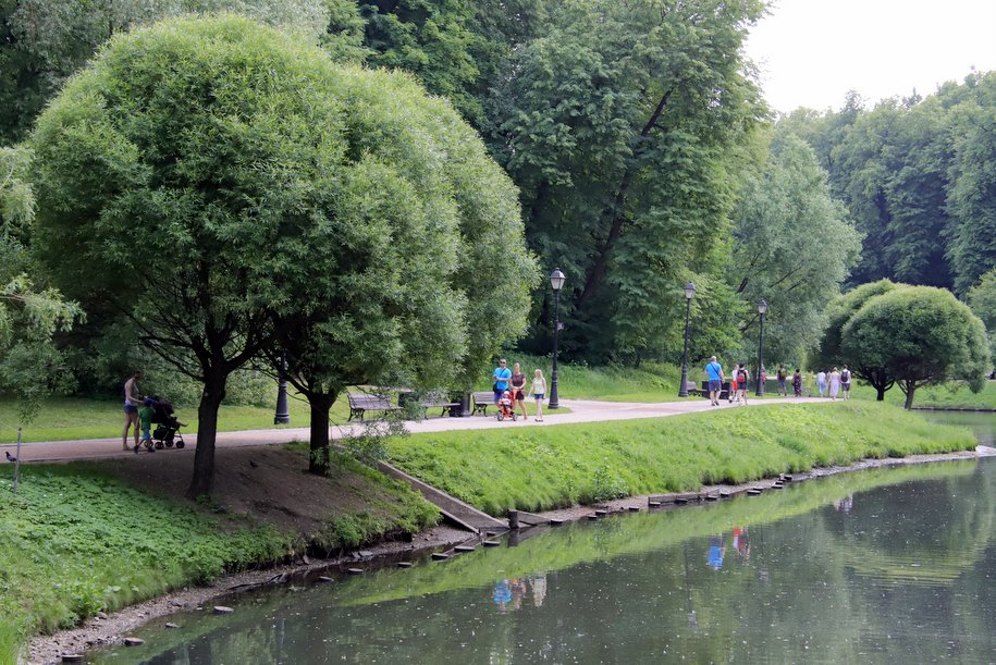 На территории завода «Серп и Молот» открылся первый участок парка «Зелёная река»