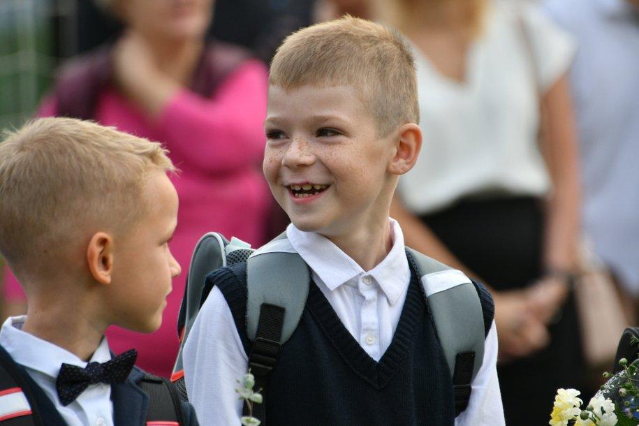 Более 100 тысяч первоклассников пойдут в столичные школы в новом учебном году